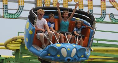 Kids enjoy a ride at Beech Bend Amusement Park & Splash Lagoon in Bowling Green, KY
