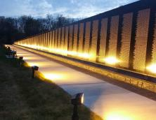 Vietnam Veterans Memorial Wall Photo