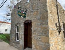 Buffalo Springs Distillery Gatehouse Room Photo