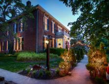 Considered one of the best preserved Antebellum Mansions in Kentucky Photo