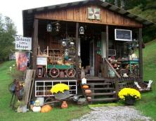 Delana's Little Shoppe Photo