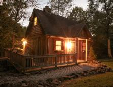 Whispering Woods Cottage Photo