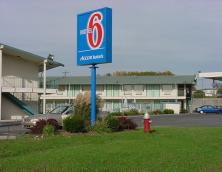 Motel 6 (Somerset) Photo