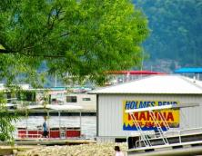 Holmes Bend Marina and Resort Photo