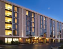 Fairfield Inn & Springhill Suites (Downtown Louisville) Photo