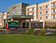 Courtyard by Marriott Photo