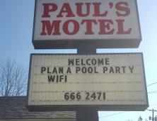 Paul's Motel Photo